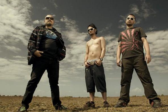Grup Band Netral