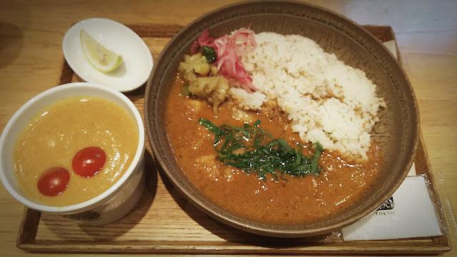 西武新宿「スープストックトーキョー」豚トロのビンダルーカレー&野菜とココナッツのアジアンカレー