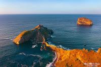 San Juan de Gaztelugatxe y la isla de Aketxe