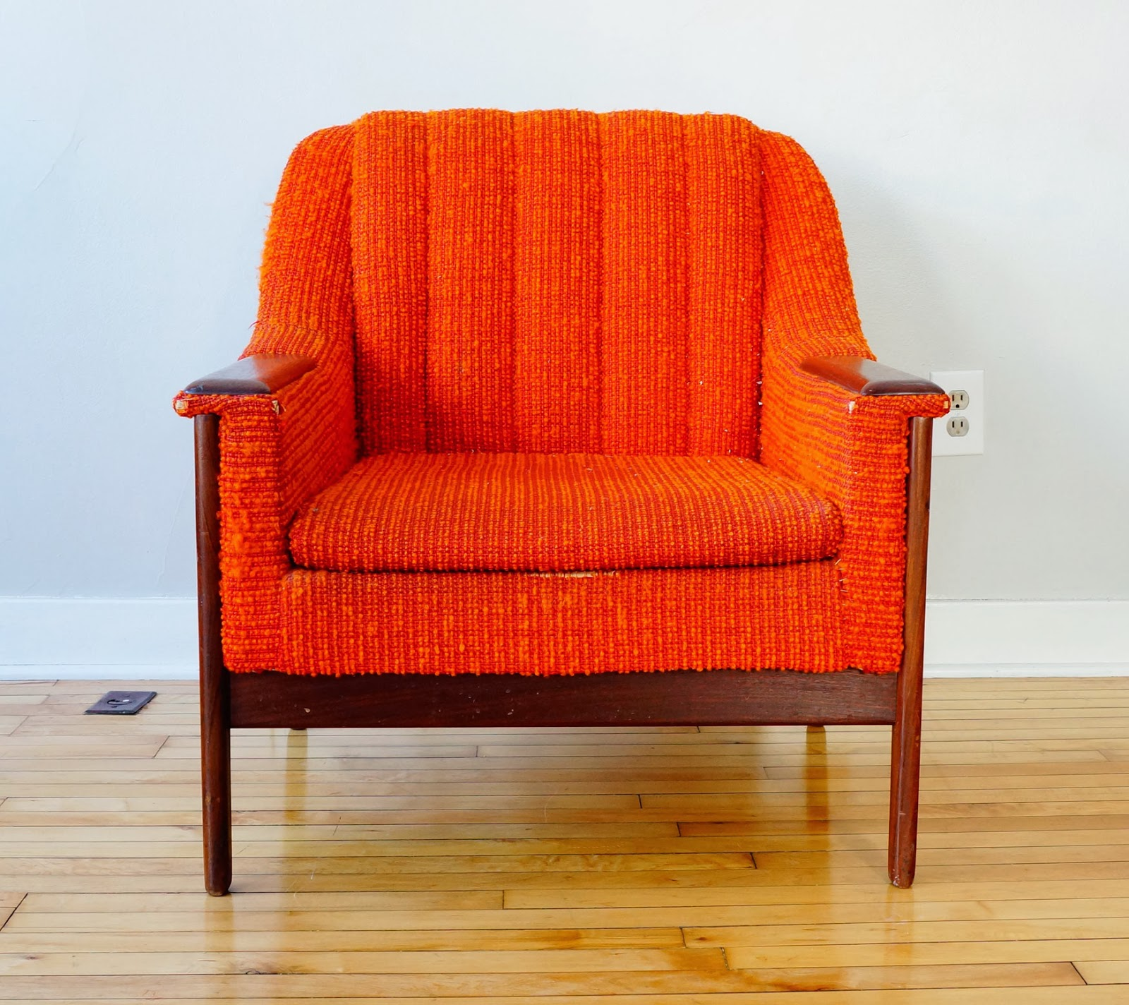 Mid Century Modern Lounge Chairs