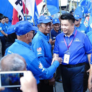 Sarawak BN's youngest candidate hits the trail