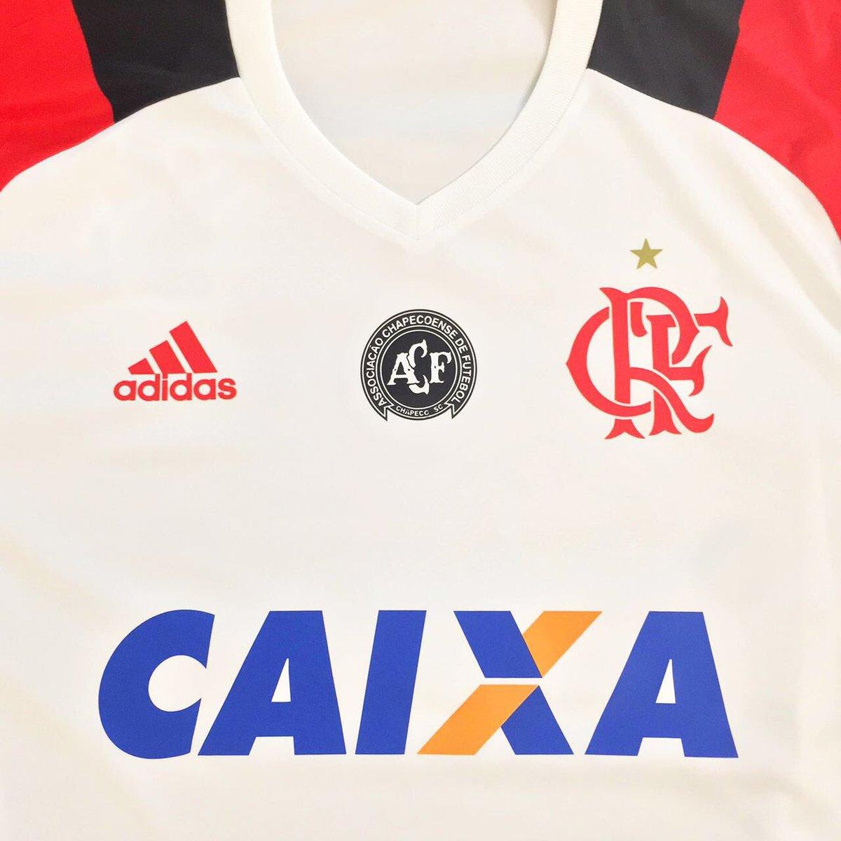 Flamengo homenageará a Chapecoense em sua camisa - Show de Camisas 7dc04b7febe77
