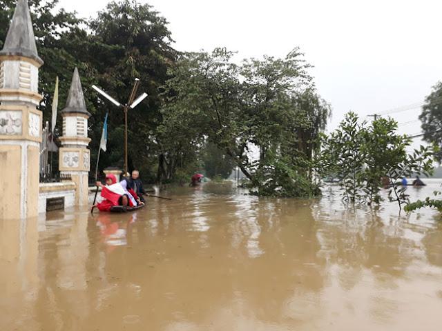 Chùm ảnh lũ lụt tại Giáo xứ Dương Sơn – Huế - Ảnh minh hoạ 4