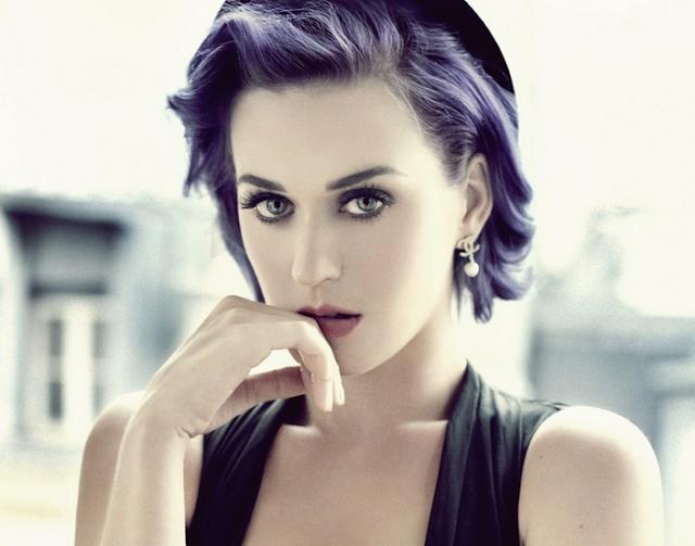 Video: Katy Perry - Dark Horse