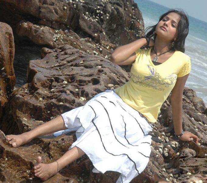 Latest Movies Gallery: ROJA DEVI HOT PHOTO SHOOT GALLERY