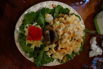 Ikan Kerapu dengan salad buah