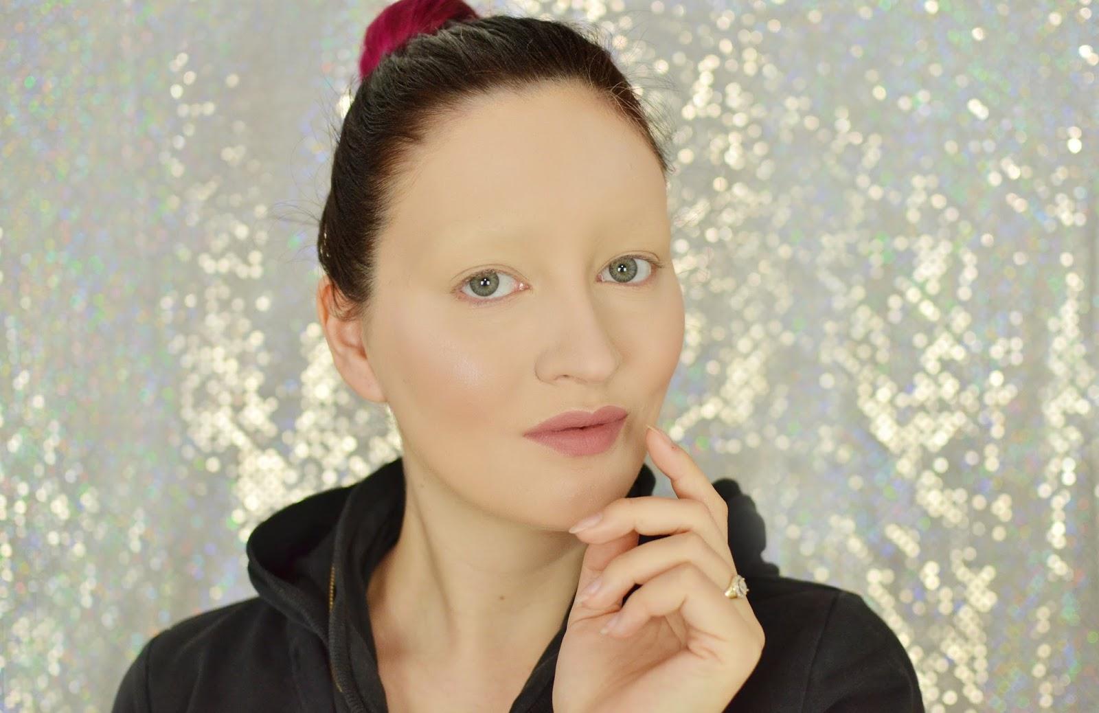 makijaż bez brwi jak ukryć brwi