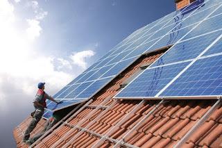 solar rekord deutschland 2018 zubau ertrag rendite kosten dachanlage freifläche ausschreibung umweltfonds hochrentabel