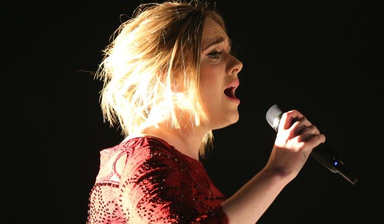 Adele es la cantante británica más rica de la historia, según The Times