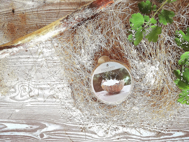 42. Witajcie w tropikach... Drenched Coconut Goose Creek Candle