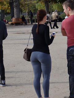 girls-street-big-butt