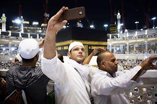 Arab Saudi Akan tindak Tegas Jamaah Yang Selfie Di Tempat Suci