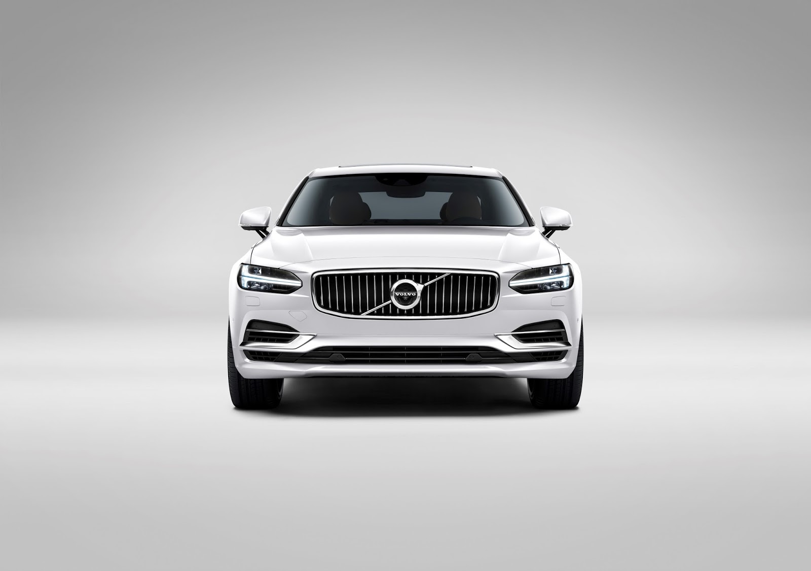 170131 Front Volvo S90 White Το νέο Volvo S90 έρχεται και βάζει φωτιά στον ανταγωνισμό premium sedan, Volvo, Volvo Cars, Volvo S90