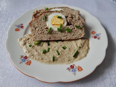 Pieczeń rzymska z sosem dyniowym