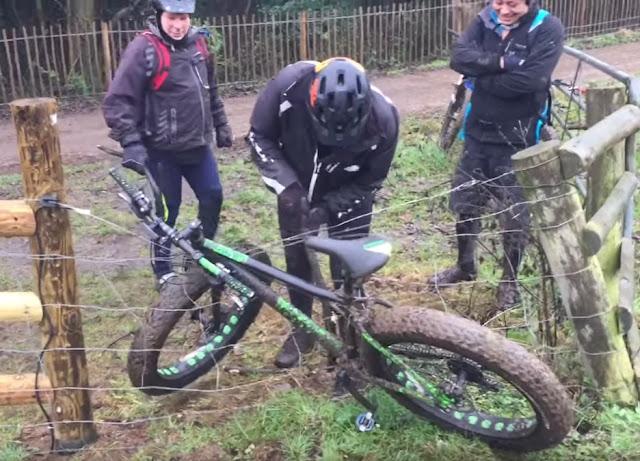 fatbike bike bicicleta fail ciclista