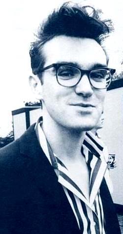 Foto de Morrissey sonriendo
