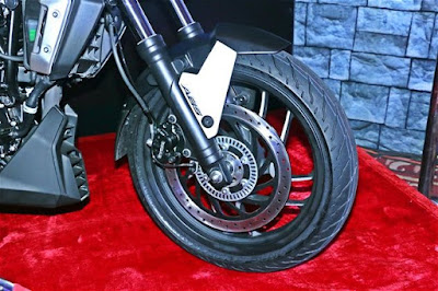 Bajaj Dominar 400 front wheel