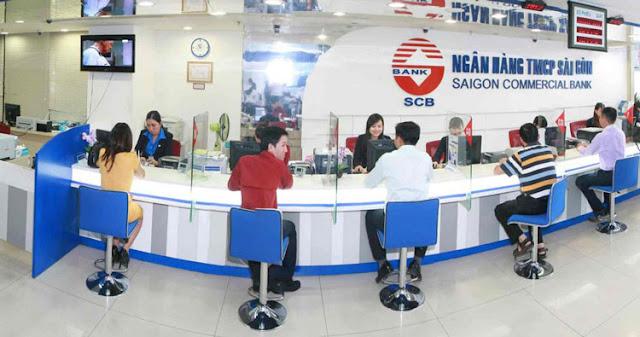 Khách hàng vay vốn tại ngân hàng SCB
