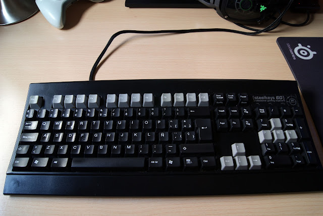 SteelSeries 6G, teclado gamer mecánico con Cherry MX Black