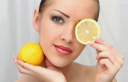 Get-Perfect-Skin-With-Lemon