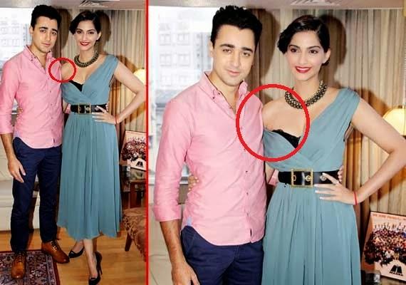 Sonam Kapoor wardrobe malfunction