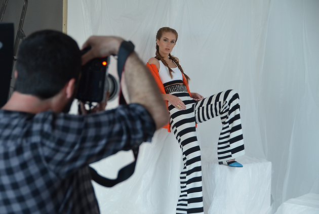 Modeling Jobs: Are you a model looking for modeling jobs?