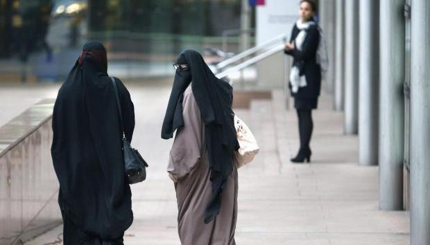 Norway has set in motion plans to ban the full-face veil from places