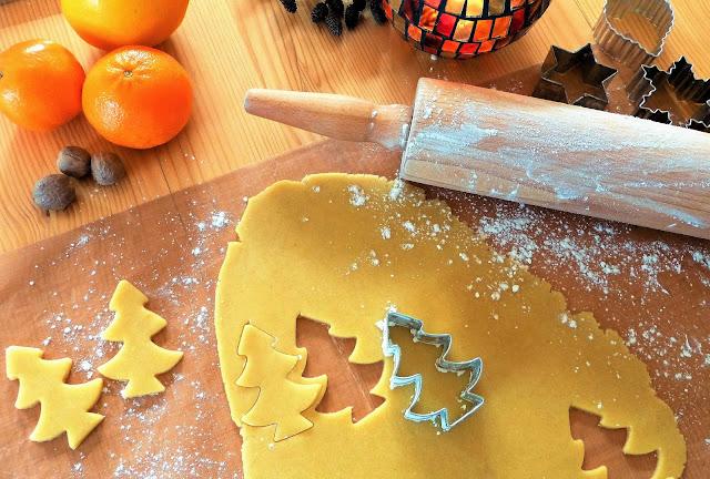 Cara Mudah Membuat Cookies Cokelat untuk Natal