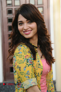 Tamanna Bhatia Super cute stunning pics from Tamill movie Kaththi Sandai