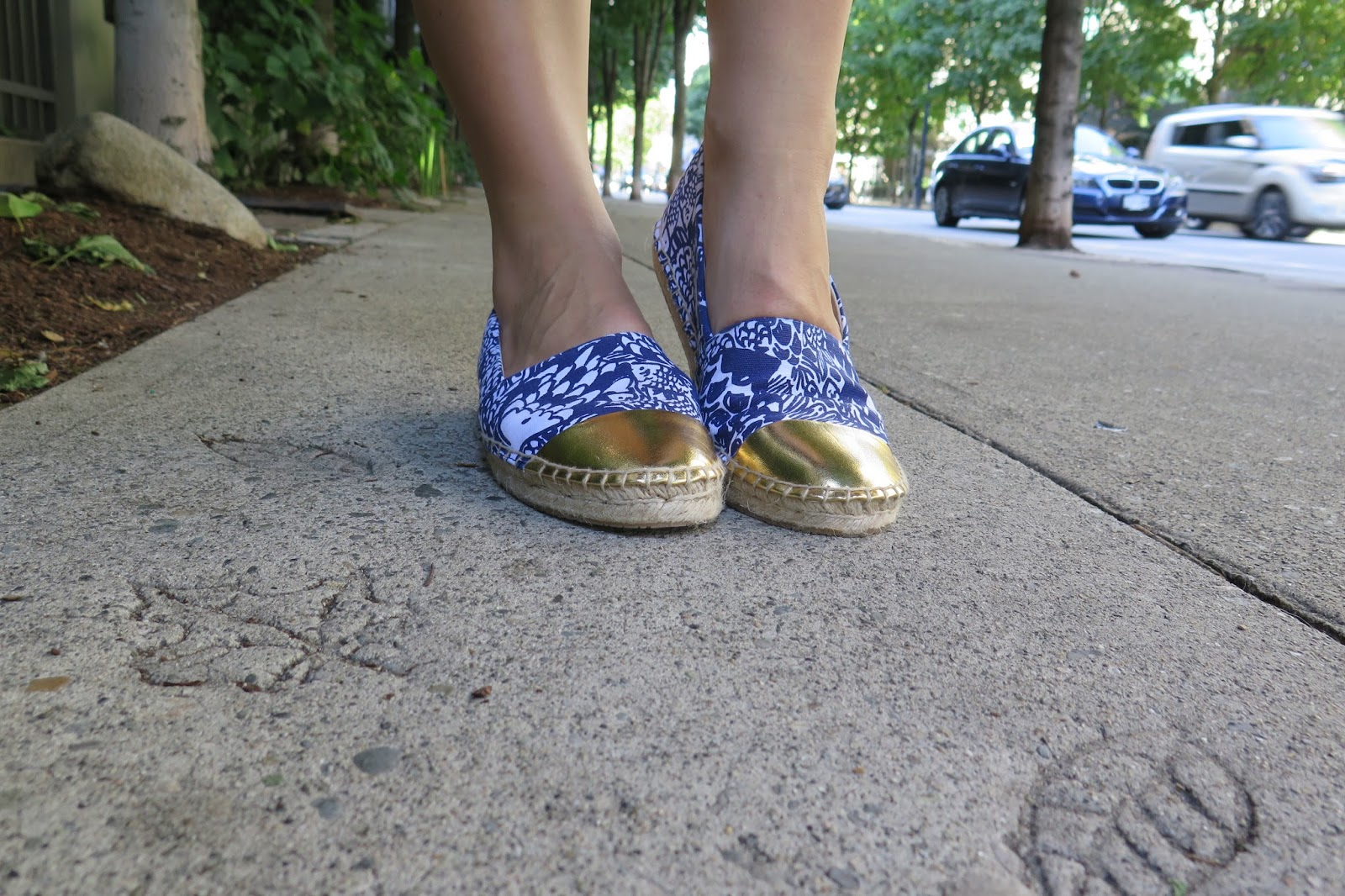 lilly-pulitzer-espadrille-shoes