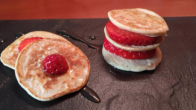 Desayunar rico, bonito y saludable: Tortitas de Avena con Fresas