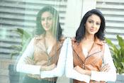 priyashri new sizzling stylish photos-thumbnail-9
