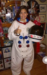 """""""The 1st Astronaut human of 2033"""""""
