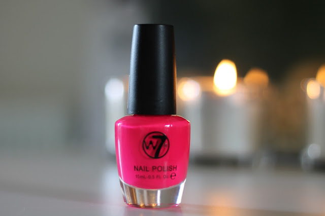 pink-nail-polish-review-swatch