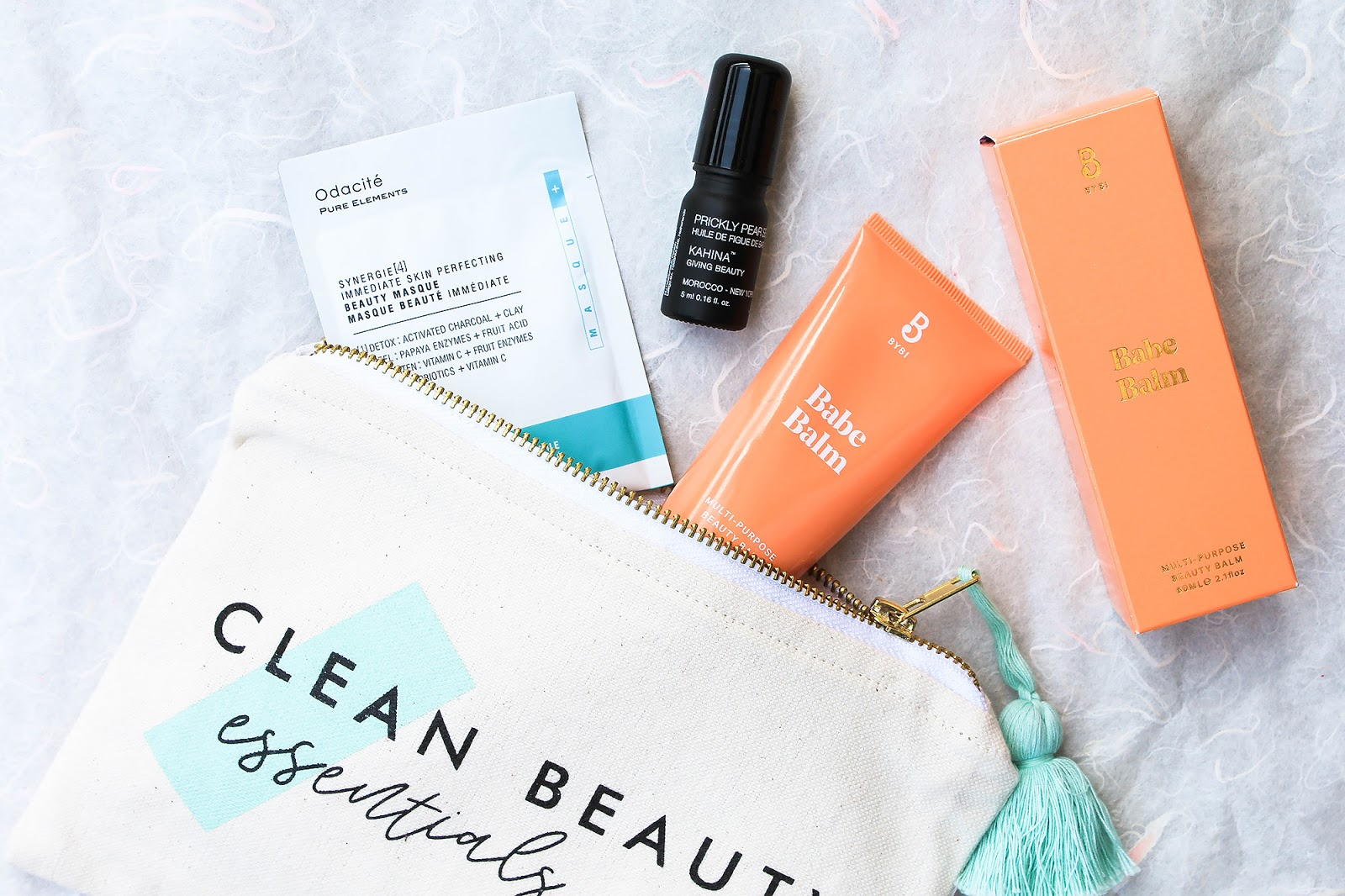 May Art of Organics Clean Beauty Box Clean Beauty Essentials. JET SET.