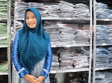 Yuk Simak Usaha Sukses Hijab Sulam Tangan  Leony Agus Setiawati