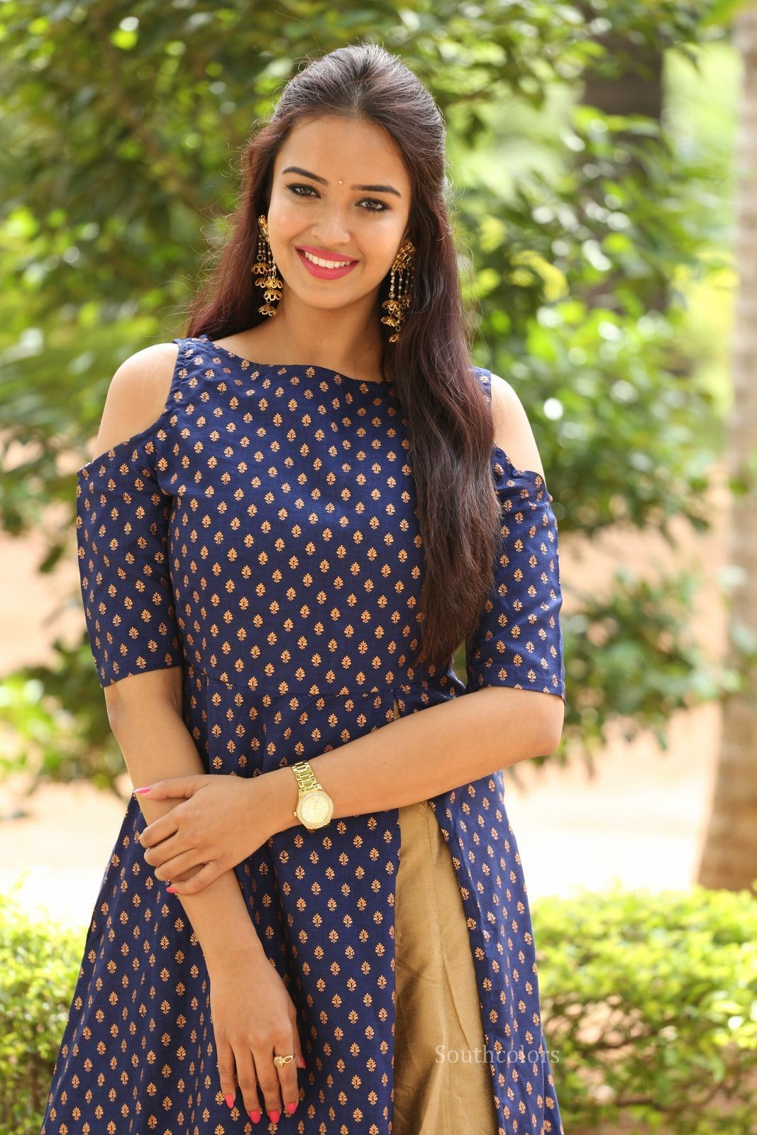 Pujita Ponnada cute actress in Blue Sleeveless Kurta Stunning Cute Beauty
