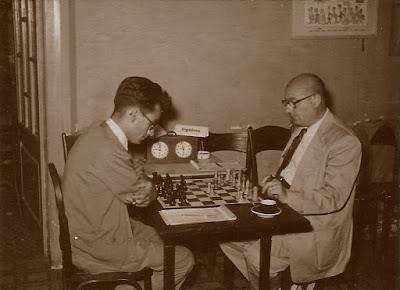 IV Torneo de Ajedrez de Berga 1954, partida Ingelmo-Mora