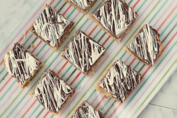 White Chocolate Brownies - all the ooey gooey of real brownies, but better!