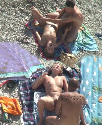BeachHunters Sex 18286-18454 (Voyeur amateur sex on a nudist beach)