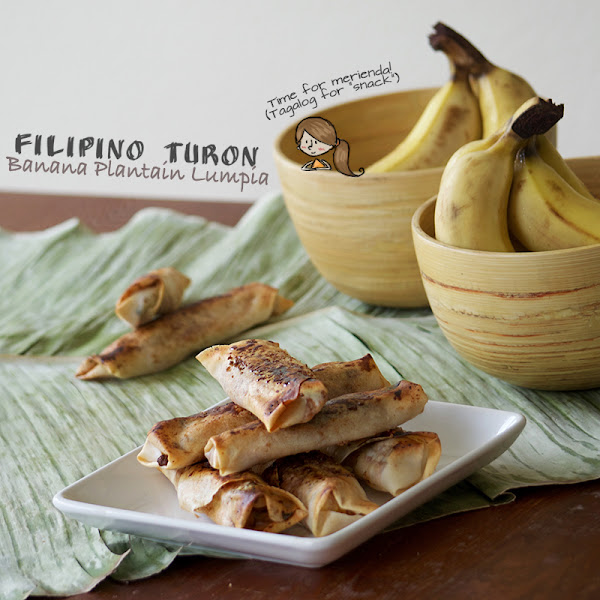 Filipino Turon (Fried Banana Lumpia)