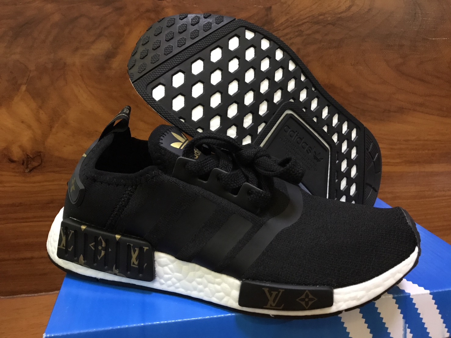 Adidas Nmd Runner Unisex Shoes White Black Lovely 2017