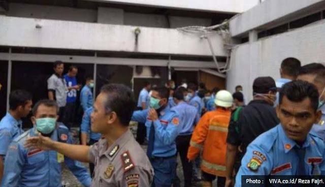Gedung Nusantara III DPR Kebakaran, 10 Damkar Dikerahkan