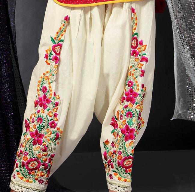 Punjabi Designer Suits Boutique On Facebook In Ludhiana
