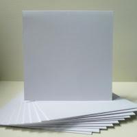 http://www.foamiran.pl/pl/p/Bazy-do-kartek-kwadratowe%2C-13%2C5-cm%2C-biale/1074
