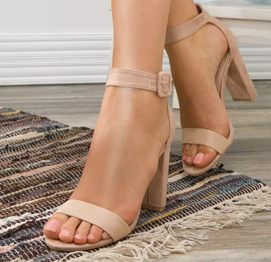 Sandale cu toc gros inalt Bej din piele intoara eco elegante de zi
