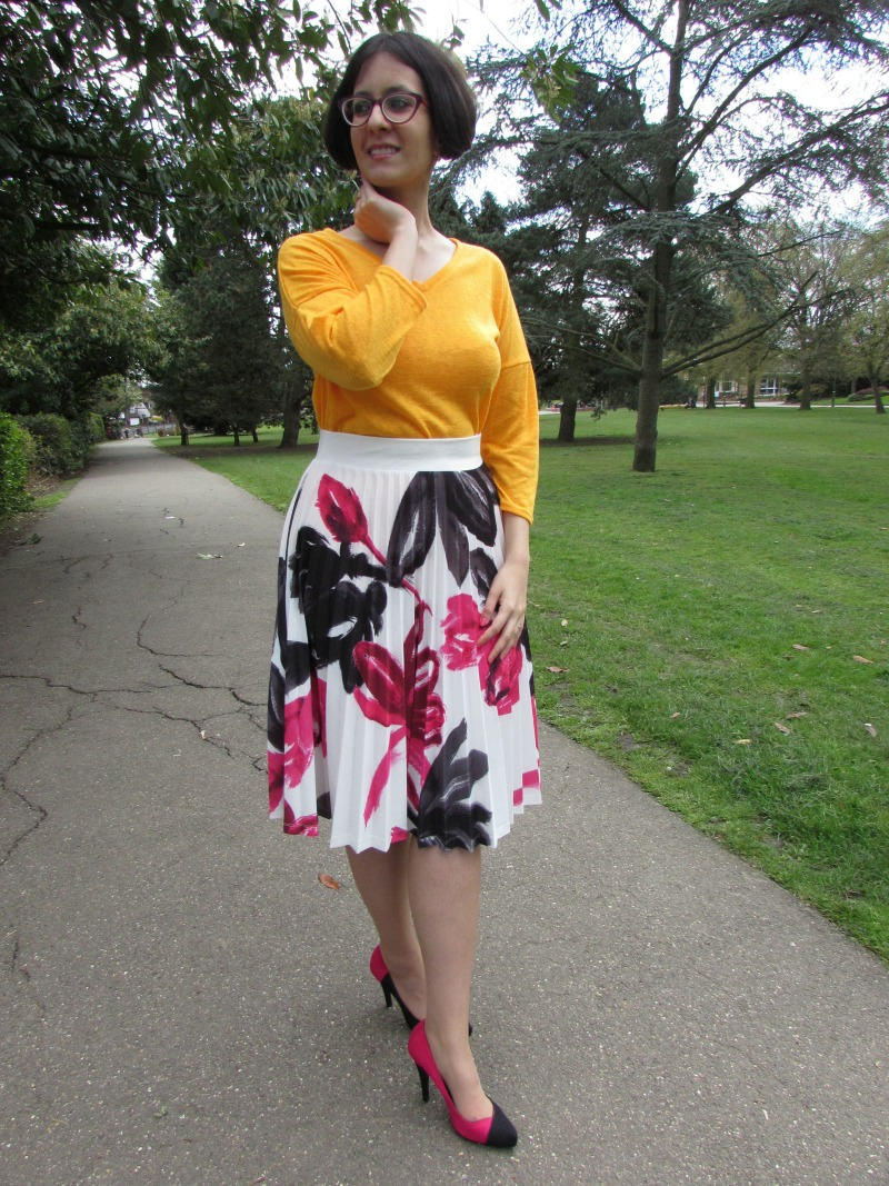 floral pleated skirt, yellow top