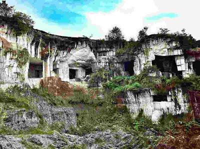 Lokasi Gunung Kapur Sekapuk