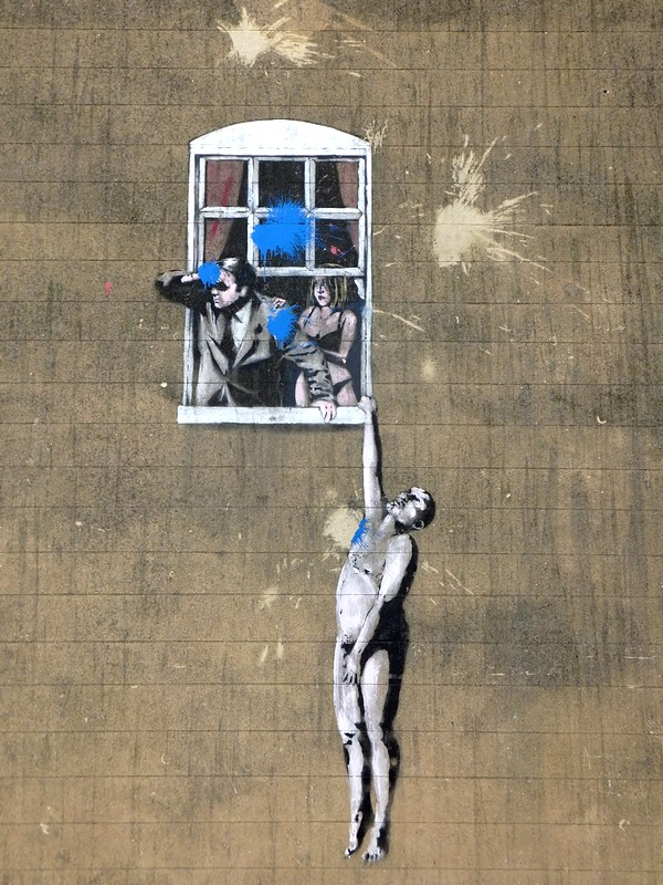 bristol tour street art banksy naked man