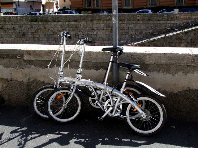Peerless Barracuda folding bicycles, scali Saffi, Livorno